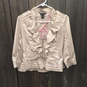 White House Black Market tan ruffled jacket size 4